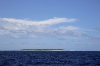 GP15 passed by Flint Island, an uninhabited coral island approximately 2.5 miles long and 0.5 miles wide. At its highest point it is just 25 feet above sea level.
